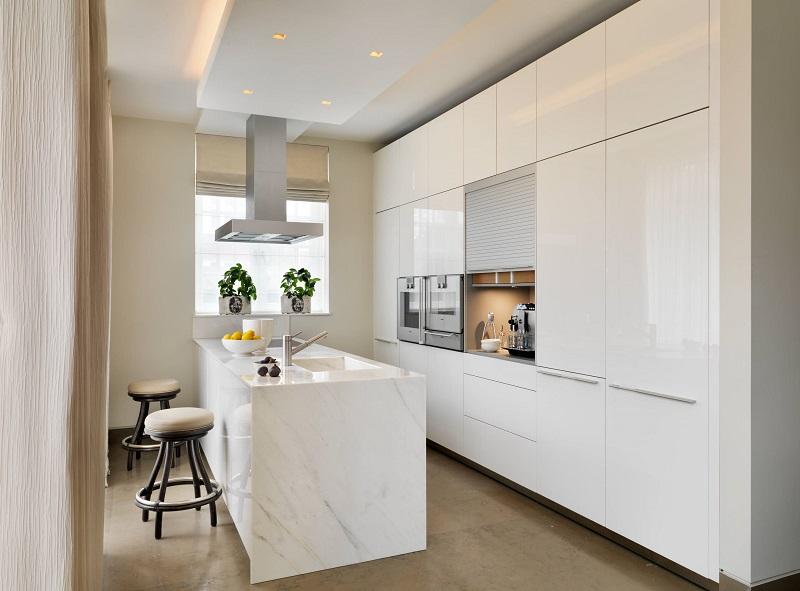 mẫu tủ bếp đẹp nhỏ phủ acrylic