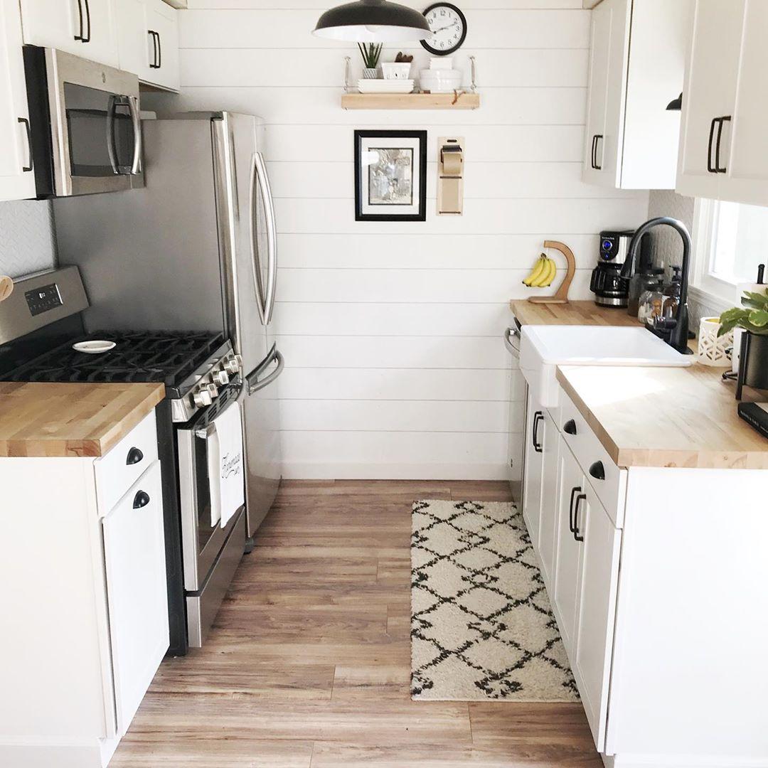 Thiết kế tủ bếp song song cho nhà nhỏ