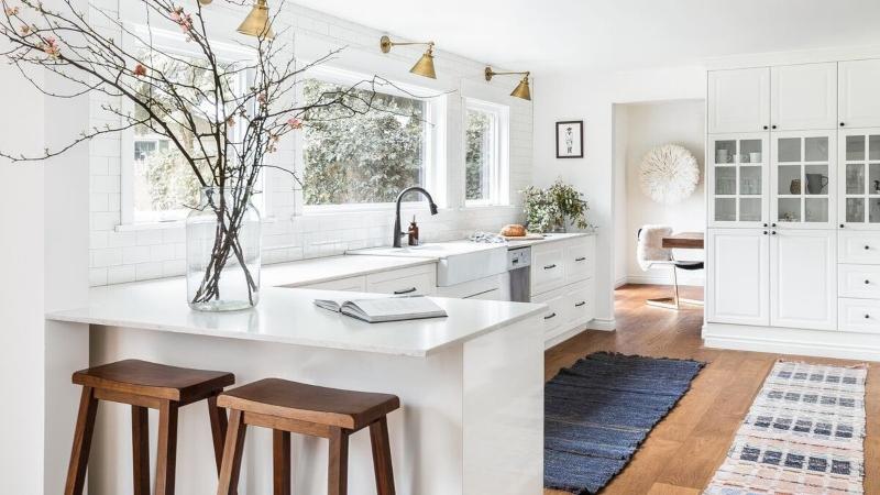 Thiết kế kệ tủ bếp màu trắng đẹp